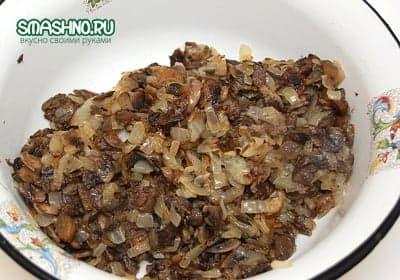 Начинка для торта из грибов с луком