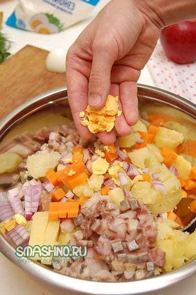 Салаты с корнишонами рецепты пошаговые с фото