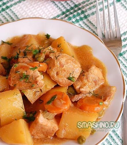 Тушёная свинина с картофелем