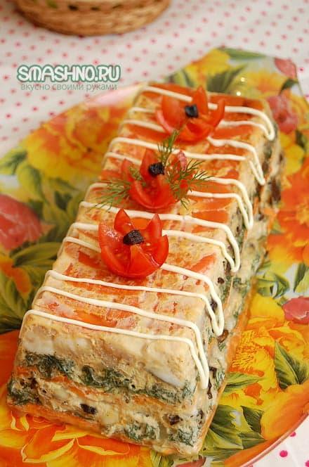 Готовый торт с рыбой