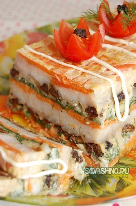 Рыбный торт в разрезе