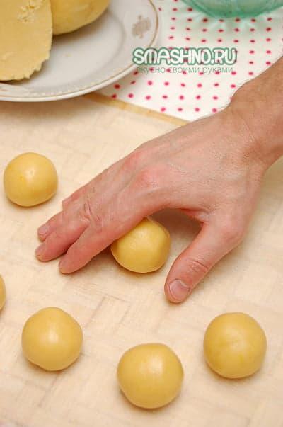 Скатываю шарики