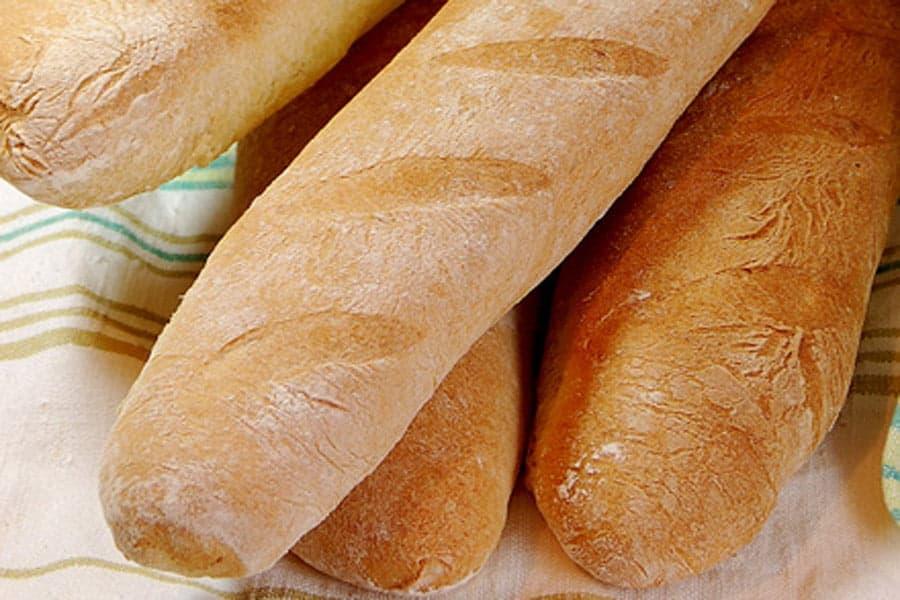 Хлеб, багеты, фото