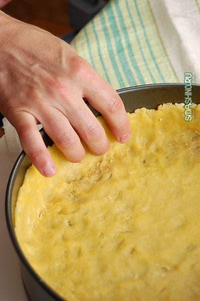 Вытягивание бортиков пирога