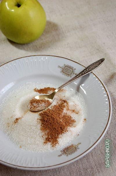 Оладьи с яблоками или наоборот – яблоки в оладьях