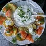 Семга с запеченным в духовке картофелем и сыром