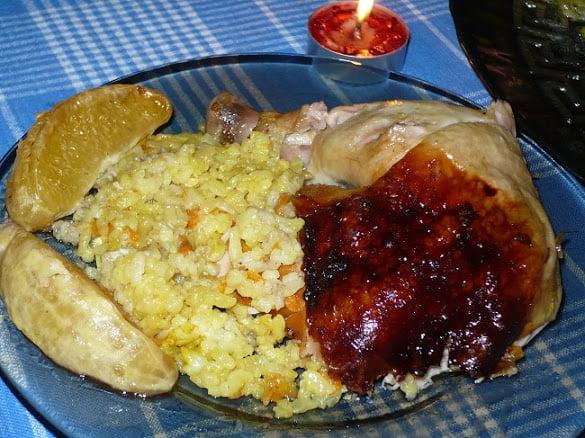 Курица в апельсинах фаршированная рисом