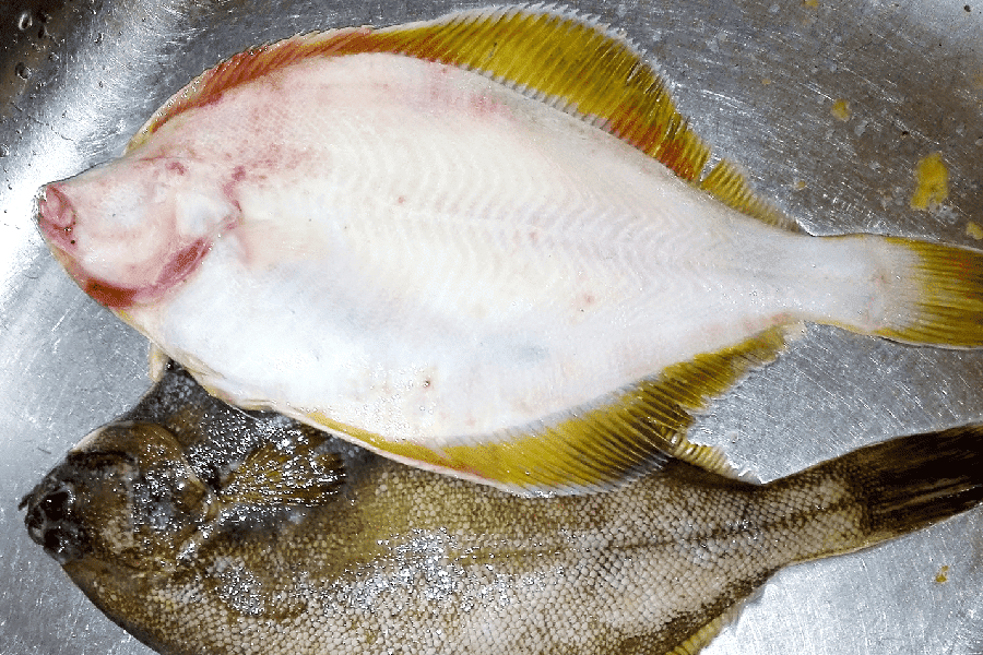 запекаем рыбу в духовке в фольге рецепт