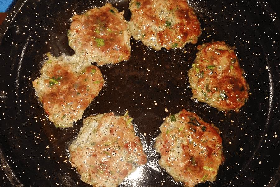 Как приготовить печеночные оладьи рецепт пошагово