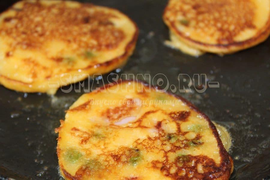 Яблочные оладьи рецепт пошагово на сковороде