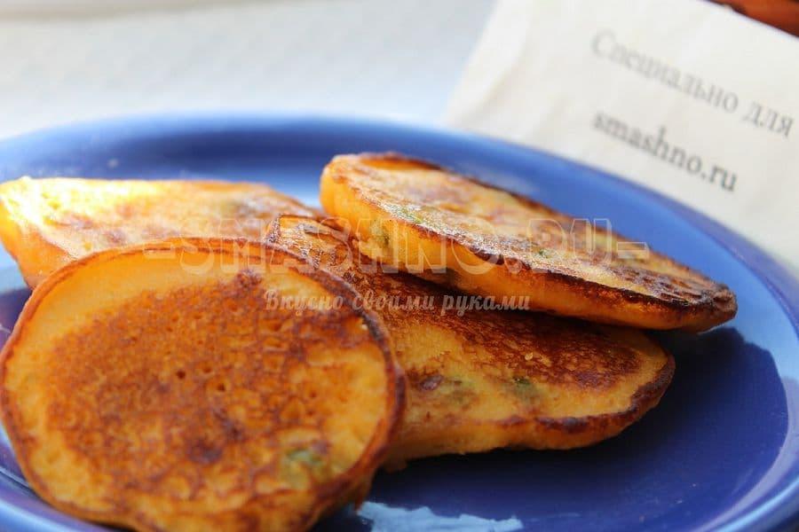 блины на кефире с колбасой и сыром рецепт с фото