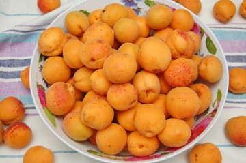 Купил абрикосов