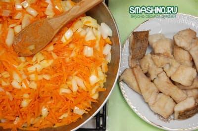 Тушеные овощи и жареная щука