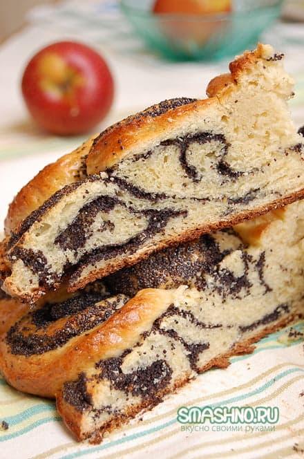 Маковый пирог в разрезе