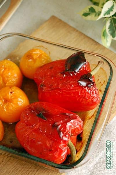 Запеченные помидоры и болгарский перец