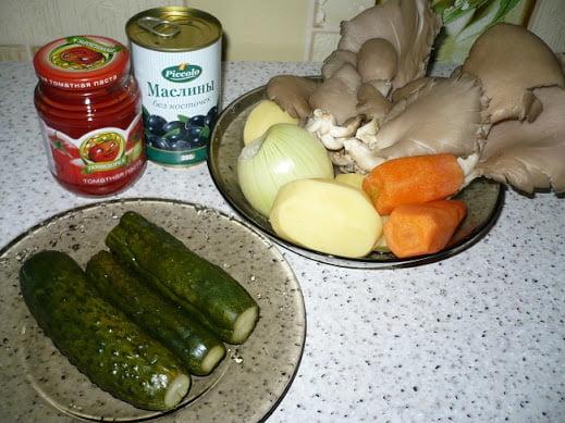 Ингредиенты необходимые для приготовления солянки