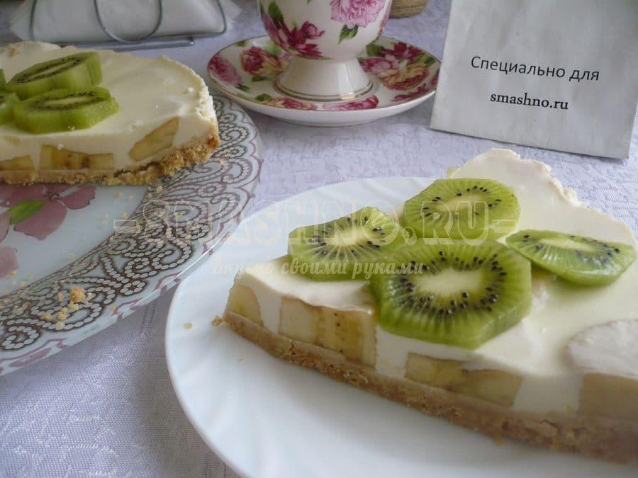 Торт без выпечки из печенья с творогом