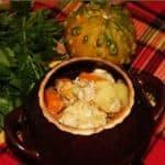 Курица с тыквой и картошкой в горшочке