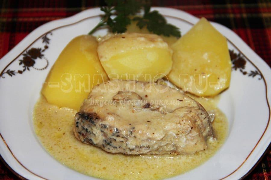 Щука по-польски с хреном и картофелем