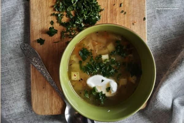 Суп с кабачками на курином бульоне