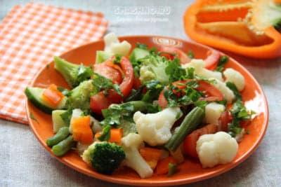 Постный салат с овощами