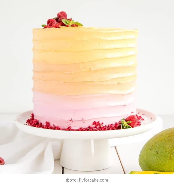 Свадебный торт с кремом омбре